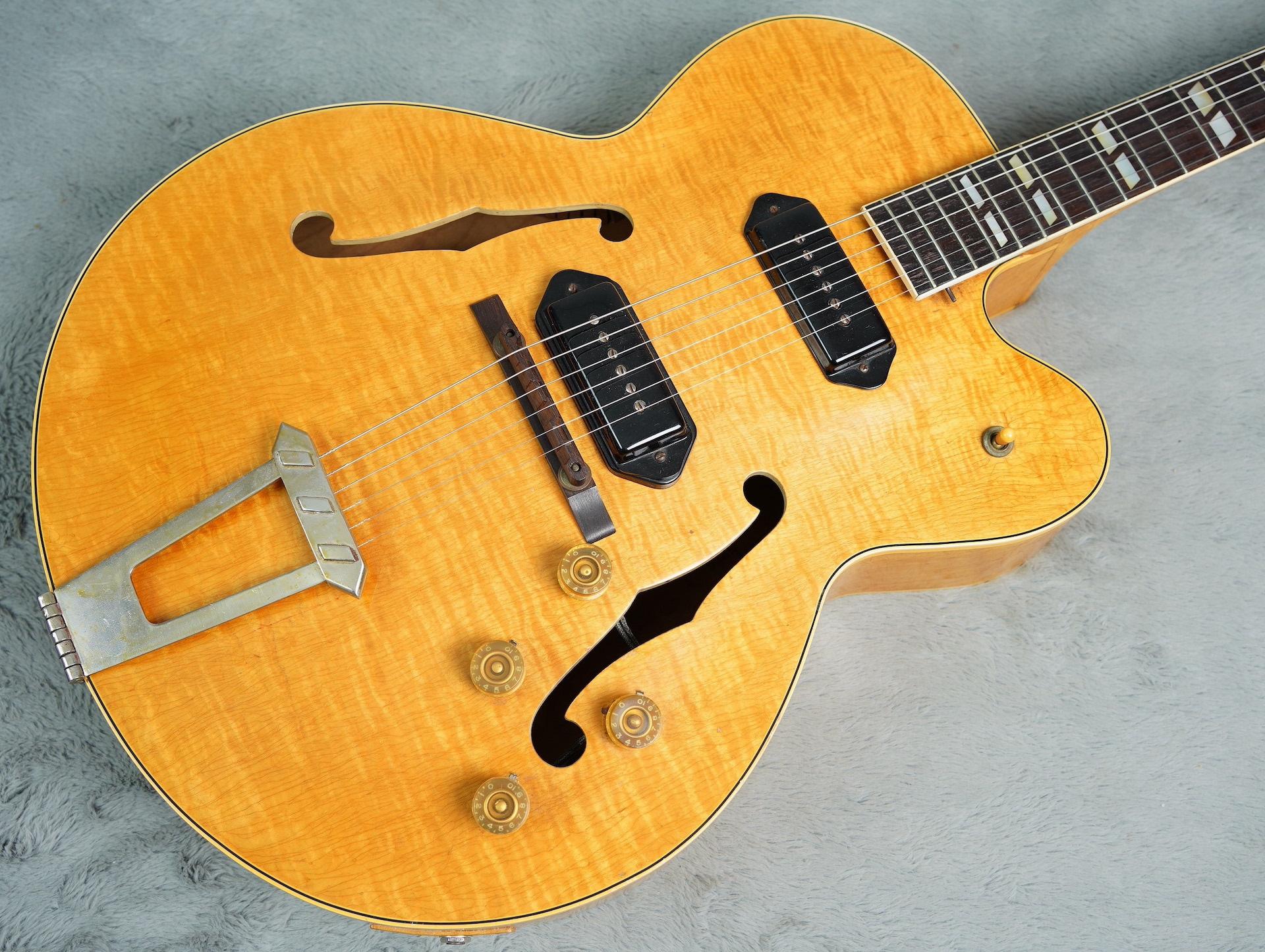 1950 Gibson ES-350 TDN + OHSC Stunning Flame