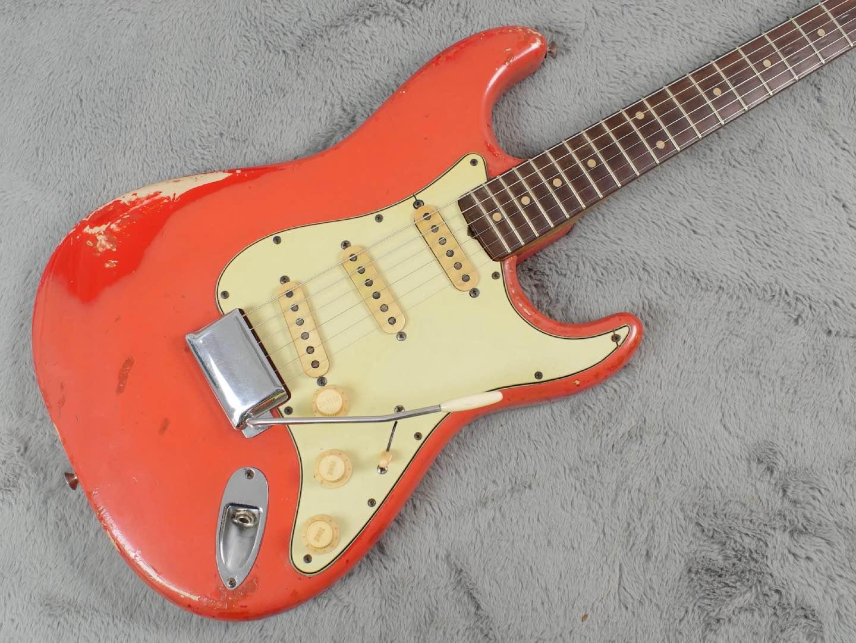 1961 Fender Stratocaster Fiesta Red + OHSC