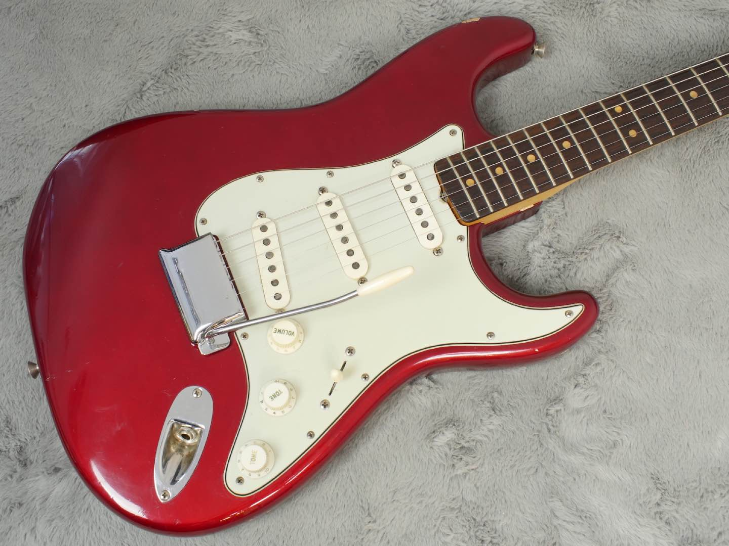 1963 Fender Stratocaster Candy Apple Red + OHSC near MINT