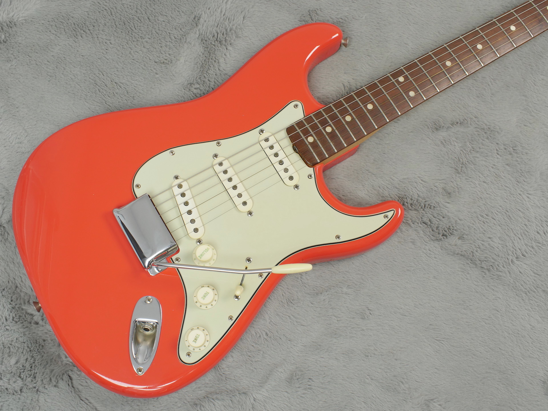 1964 Fender Stratocaster Fiesta Red MINT + OHSC & Case Candy - One Owner!!
