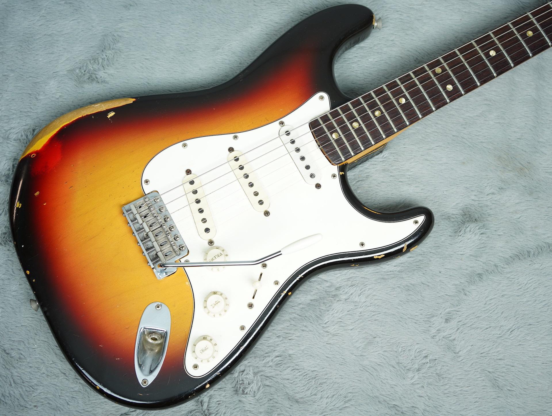 1966 Fender Stratocaster Sunburst + OHSC