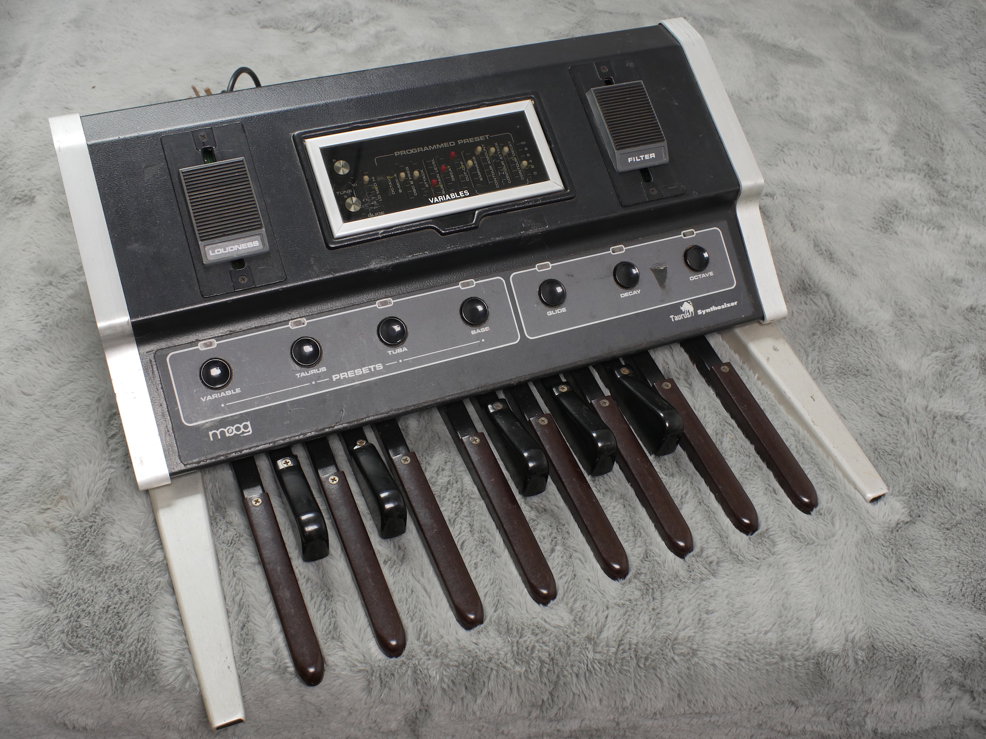1976 (circa) Moog Taurus Mk1 Bass pedals + Flight Case