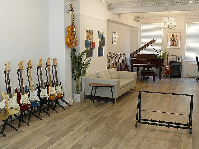 New Lounge / Showroom in Cheltenham opens....