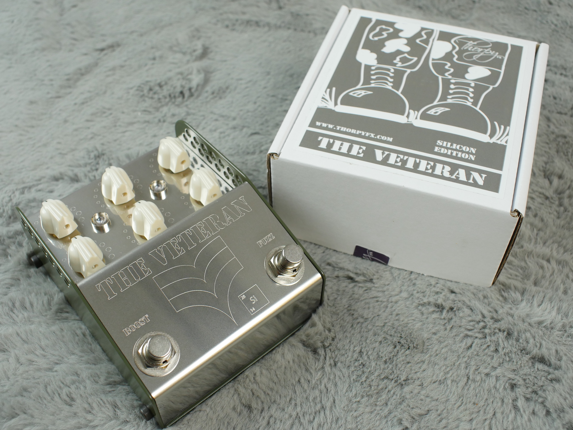 Thorpy FX The Veteran Vintage Fuzz and Boost  Pedal